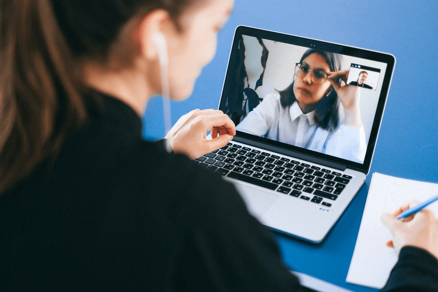 5 Effective Ways to Evaluate Job Candidates Remotely